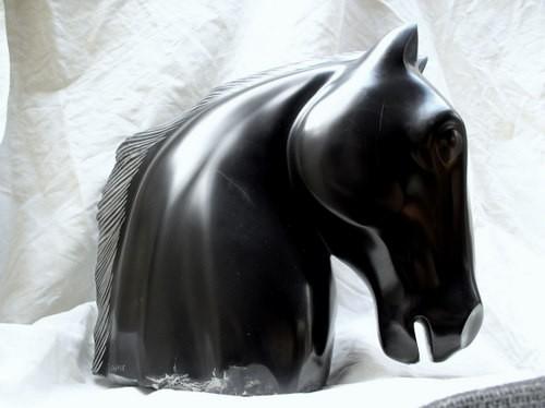 tête de cheval,cheval, marbre noir,gérard collas,sculpture