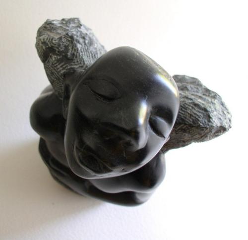 gérard collas -sculpteur-sculpture-ange-serpentine-pierre-gargouille-ange noir-carennac