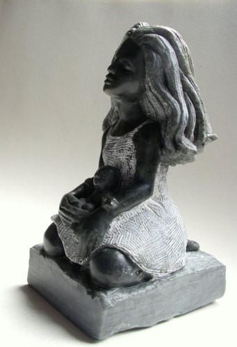 jeune fille à la poupée noire (3).JPG